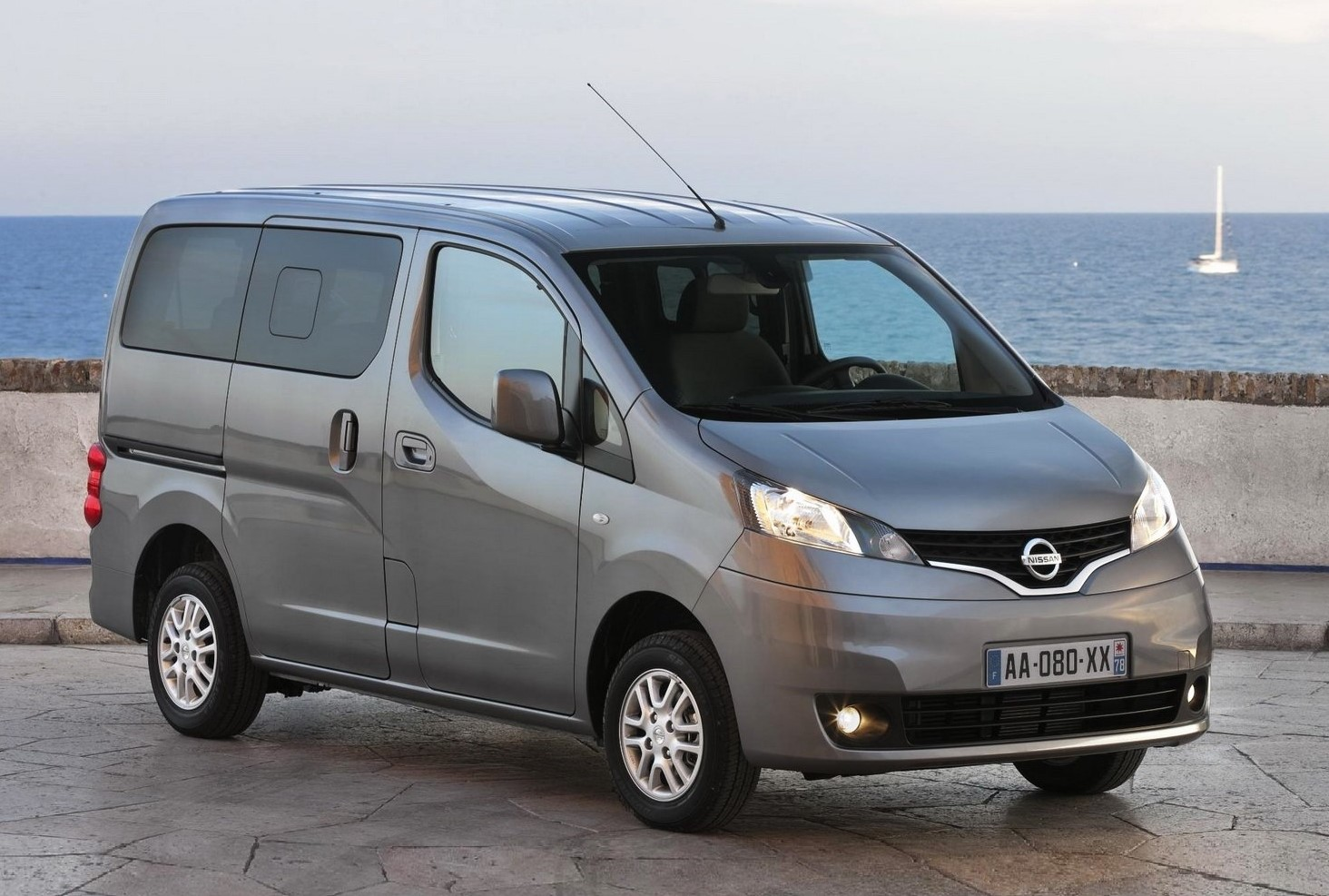 Nissan Evalia (or similar)